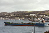 Tanker coming into port, Plymouth, uk. - Duncan Phillips - 28-01-2010