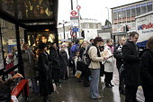 Metroline Bus Strike. Passengers waiting. - Duncan Phillips - 20-11-2006