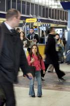 Disabled persons using the railways. - Duncan Phillips - 2000s,2008,Access,Achondroplasia,assistant,assistants,cities,city,disabilities,DISABILITY,disable,disabled,disablement,dwarf,dwarfism,dwarfs,FEMALE,height,incapacity,journey,journeys,london,male,man,m