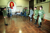 Territorial Army on weekly training session, Engineering Explosives Ordnance Disposal. Holloway London. - Duncan Phillips - 18-10-2001