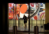 Leaving Deutsche Bank AG after working late in the City of London. Painting by James Rosenquist 'Swimmer in the Economist'. - Duncan Phillips - 30-03-2010