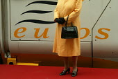 HRH the Queen departing on Eurostar to Paris for the Entente Cordiale Centenary event. London Waterloo - Duncan Phillips - 05-04-2004