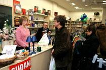 Oxfam Shop. Enfield Town, London - Duncan Phillips - 26-11-2004