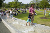 Princess Diana Memorial fountain, Hyde Park, London - Duncan Phillips - 10-06-2007