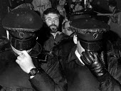 Sinn Fein Pres Gerry Adams MP detained by RUC Lower Ormeau Road Belfast July 1998 - Oistin - 07-07-1998