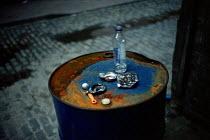 The detritus of drug abuse in a Glasgow alleyway. Scotland - Gerry McCann - 22-08-2002