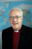 Former Archbishop of Canterbury Dr George Carey. Now Lord Carey of Clifton he is Vice President of the Evangelical Christian relief and development agency Tearfund. - Geoff Crawford - 103rd,2000s,2003,agency,Anglican,Archbishop,ARCHBISHOPS,Bishop,BISHOPS,Canterbury,Carey,Church of England,cleric,CLERICS,Clifton,Evangelical,former,Lord,LORDS,map,MAPS,of,President,RLB religion & beli