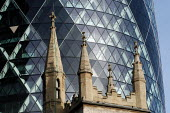 Overshadowing the church of St Andrew's Undershaft, the Swiss Re building stands on the site of the Baltic Exchange at 30 St Mary Axe. The 40 floor building stands 590 ft/179.8 metres high. - Geoff Crawford - 15-01-2004