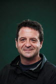 Writer and comedian Mark Thomas poses for pictures during the Edinburgh Book Festival. - Gerry McCann - 2000s,2006,ace culture,comedian,comedians,comedy,ENTERTAINER,ENTERTAINERS,FUNNY,humor,HUMOROUS,HUMOUR,JOKE,JOKES,joking,Scotland,Scottish,wellbeing