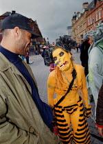 Streets Ahead festival Oldham - Paul Herrmann - 1990s,1999,ACE,ace arts culture entertainment,act,acting,actor,actors,actress,actresses,ANIMAL,ANIMALS,Arts,BAME,BAMEs,black,BME,bmes,cities,City,cultural,Culture,dance,dancer,dancers,dancing,diversit