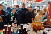 Irish Festival Market, Albert Square, Manchester - Paul Herrmann - 1990s,1999,bought,buy,buyer,buyers,buying,commodities,commodity,consumer,consumers,Council Services,Council Services,crowd,crush,customer,customers,ebf economy business,Festival,FESTIVALS,food,FOODS,g