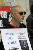 Protestors outside the Italian Consulate in Manchester demonstrate at the persecution of Roma people by the Italian state. - Paul Herrmann - 19-09-2008