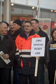 CWU postal workers on the picket line at Manchester sorting office. - Paul Herrmann - 22-10-2009