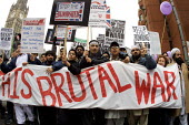 2000 people marched in Manchester in protest at the bombing of Afghanistan by the US and the UK - Paul Herrmann - 03-11-2001