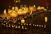 Commonwealth Games closing ceremony, Manchester. Lanterns representing diversity of religion and culture are carried round the stadium - Paul Herrmann - 04-08-2002