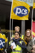PCS picket and demonstration outside Manchester Civil Justice Centre, UK, part of one-day strike over civil service pay cap. - Paul Herrmann - ,2010s,2014,BME black,campaign,CAMPAIGNING,CAMPAIGNS,court courts,dispute,DISPUTES,EARNINGS,EQUALITY,ethnic,ETHNICITY,Fair,FLAG,flag flags,flags,Income,INCOMES,INDUSTRIAL DISPUTE,inequality,living wag