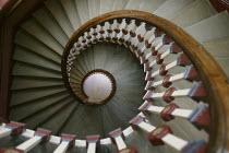 Spiral stone staircase. - Paul Herrmann - 07-04-2004