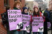 Anti fascist protestors outside Leeds Combined Courts during the trial of BNP's Nick Griffin and Mark Collett on race hate charges. - Paul Herrmann - 2000s,2006,activist,activists,against,Anti Fascist,Anti Racism,anti racist,anti-nazis,bnp,british,British National Party,CAMPAIGN,campaigner,campaigners,CAMPAIGNING,CAMPAIGNS,Crown Court,DEMONSTRATING