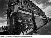 Derelict corner shop Co-op building ... - Paul Herrmann - 22-09-1998