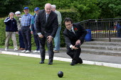 Northern Ireland Minister Dr John Reid MP plays bowls with Labour candidate Phil Woolas while electioneering in Milnrow, Lancashire - Paul Herrmann - 29-05-2001