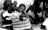 Unaccompanied rwandan refugee children in care of UNICEF, Goma, Zaire-Congo. 1994 - Howard Davies - 03-05-1994