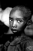 Unaccompanied Rwandan refugee children in care of UNICEF and SCF having survived massacre by rebels in Zaire-Congo. 1997 - Howard Davies - 05-08-1997