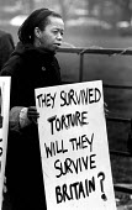 Protest against detention of asylum seekers, Rochester prison, UK. 1993 - Howard Davies - 01-08-1993
