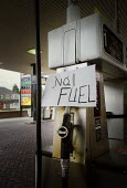 Sign reading No Fuel at a Save petrol station in Manchester, following the blockade of fuel refineries and depots by lorry drivers and farmers in protest at fuel prices. - Paul Herrmann - 14-09-2000