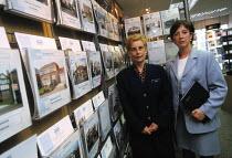 Halifax Estate Agents, Widnes, Cheshire, UK - Paul Herrmann - 31-07-1998