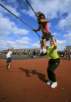 Children in school playground - Paul Herrmann - 19-04-1999