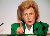 Barbara Castle MP addressing Labour Party Conference 2000. - John Harris - 28-09-2000