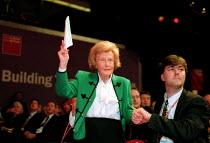 Barbara Castle MP pensions debate Labour Party Conference 2000. - John Harris - 28-09-2000