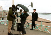Camera crew filming correspondent Labour Party Conference 2000. - John Harris - 28-09-2000
