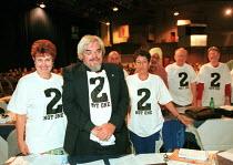 NATFHE delegation at TUC Congress 2000 - John Harris - 13-09-2000