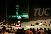 Doug Nicholls CYWU addressing TUC Congress 2000 - John Harris - 2000,2000s,Conference,conferences,CYWU,member,member members,members,people,Trade Union,Trade Union,Trade Unions,Trades Union,Trades Union,Trades unions,TUC,TUC Congress,TUCs