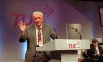 Clive Edwards NATFHE addressing TUC conference - John Harris - 10-09-2001