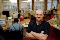 Jim Robertson TUC learning representative, Birmingham CWU, in the Tim Tolley Learning Centre. - John Harris - 06-11-2002