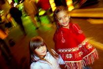 Friends at the Stratford Mop Fair. Stratford on Avon Warwickshire. - John Harris - 10-10-2003