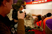 Photographers at work at the Labour Party conference 2003 - John Harris - 02-10-2003