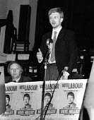 Arthur Scargill at an election rally for Labour Party candidate Dave Nellist, Coventry South East. David was a Militant Tendency suppoerter. 1983 - John Harris - 1980s,1983,Arthur Scargill,campaign campaigning,candidate,CANDIDATES,election elections,entryism,entryist,entryists,entyrism,labour party,Left,left wing,Leftwing,marxist,Marxists,meeting,MEETINGS,Mili