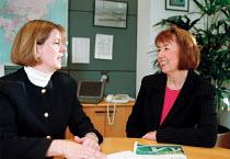 Paula Staff (left) EMA Power Gen Coventry - John Harris - 24-01-2000