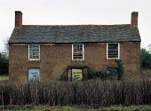 Derelict farmworkers cottage, Shropshire. 22,000 Farmers and Agricultural workers quit farming in year to June 1999 - John Harris - 10-02-2000