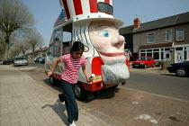 Uncle Sam Ice cream van, Bordesley Green, Birmingham. - John Harris - 2000s,2006,ACE culture,american,americans,asian asians,asian black,BAME,BAMEs,BME,bmes,bought,buy,buyer,buyers,buying,CHILD,child children,CHILDHOOD,children,commodities,commodity,communities,communit