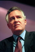 Peter Hain MP addressing Labour Party Conference 2001 - John Harris - 01-10-2001