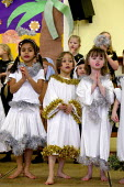 Infants School reception class acting in a Christmas Nativity play. - John Harris - 17-12-2003