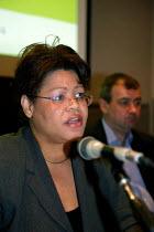 Glora Mills Unison, TUC Unite against fascism rally NEC. - John Harris - 03-04-2004