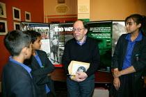 Holocaust survivor Paul Oppenheimer speaking to pupils from Berdwood school, Blackburn. - John Harris - 13-06-2005