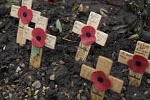 Remembrance day, Stratford-upon-Avon, Warwickshire. - John Harris - 09-11-2008