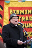 Ken Capstick, former Yorkshire NUM leader speaking at the commemoration of the events of forty years ago when the trade union movement won a victory in what is now known as The Battle of Saltley Gates... - John Harris - 10-02-2012