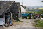 Silage making on a farm, Wormleighton, Warwickshire - John Harris - 2010s,2012,agribusiness,agricultural,agriculture,capitalism,capitalist,contractor,contractors,crop,crops,driver,drivers,driving,EBF,Economic,Economy,employee,employees,Employment,farm,Farm Worker,farm